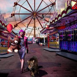 lady_pink_animal_fair_games_panther_teddy_pink_hair_alone_walking__128524
