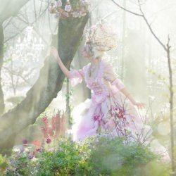 woman_secret_garden_fashion__132179