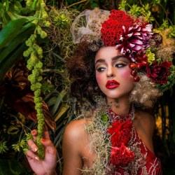 woman_flowers_portrait_fashion__125766