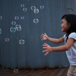 girl_child_bubbles_playing_happy__118246