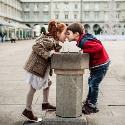 kids_drink_water_accidental_kiss__121918