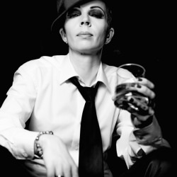 woman_hat_tie_drink_glass_black_and_white__128527