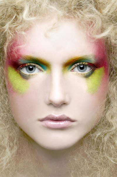 Photograph Lionel Deluy Make Up Face on One Eyeland