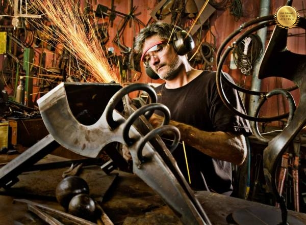 Photograph Steve Williams Metal Artist on One Eyeland