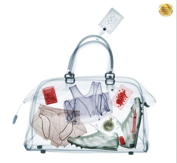 Photograph Nick Veasey Ny Times Bag on One Eyeland