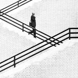 the-stairs-hamid-mohammad-hossein-za...
