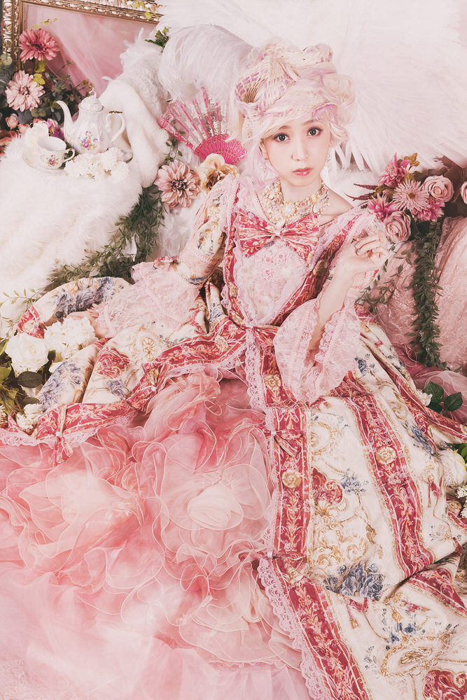 Photograph Daisuke Kiyota Princess In A Dream on One Eyeland