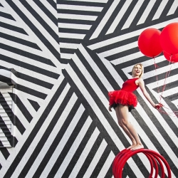 Ballerina with Balloons-Sonya Revell-finalist-ADVERTISING-Self-Promotion -682
