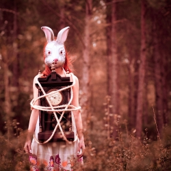 Wonderland-Cemal Samli-finalist-ADVERTISING-Beauty -1651