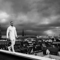 Joey Moe auf den Dächern-Morten Rygaard-Bronze-EDITORIAL-Persönlichkeit -1731