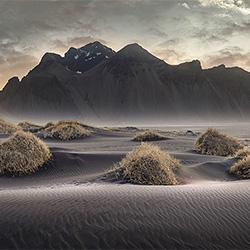 Black Sands Opera-Alexander Vershinin-Bronze-FINE ART-Landschaft -3174