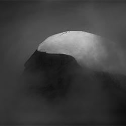 On the edge-Peter Svoboda-gold-FINE ART-Landscape -3786
