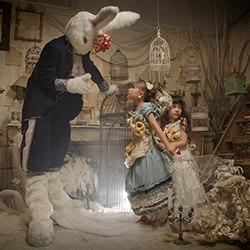 Alice & Rabbit-Haseo Hasegawa-finalist-FINE ART-Portrait -4250