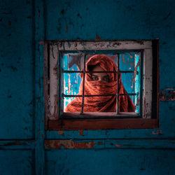 Face off-Mikhail Potapov-bronze-ADVERTISING-Conceptual -4648