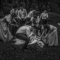 Bouquet Toss-Kenneth Lam-Finalist-PEOPLE-Wedding -4901