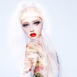 Lving Doll-Corinna Holthusen-finalist-FINE ART-Collage -4830
