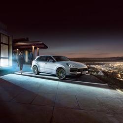 Cayenne Turbo S E-Hybrid-Stephan Romer-Bronze-WERBUNG-Automotive -4613