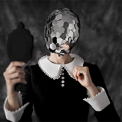 Reflect-Cemal Samli-silver-ADVERTISING-Beauty -5682