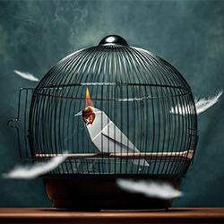 Prisoner-Cemal Samli-bronze-ADVERTISING-Conceptual -5194
