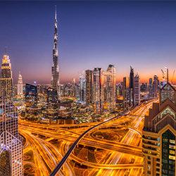 Innenstadt von Dubai-Judith Kuhn-Bronze-ARCHITEKTUR-Stadtlandschaften -5253