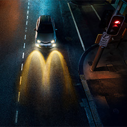 Mac Your Night - Car-Danny Eastwood-gold-ADVERTISING-Conceptual -5664