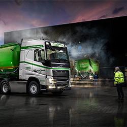 Cleaning trucks-Poul Christensen-bronze-ADVERTISING-Automotive -5401