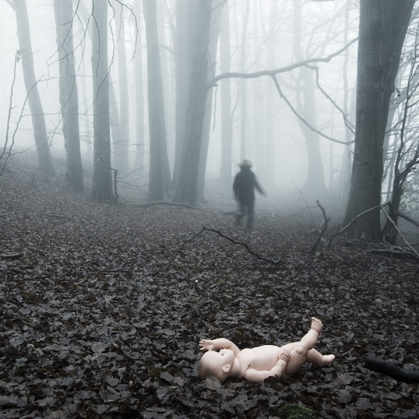 Photograph Carmen Spitznagel Lost Childhood on One Eyeland