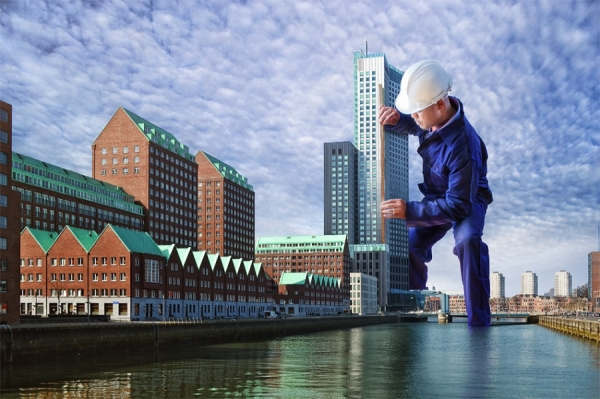 Photograph Adrian Sommeling The Worker 3 on One Eyeland
