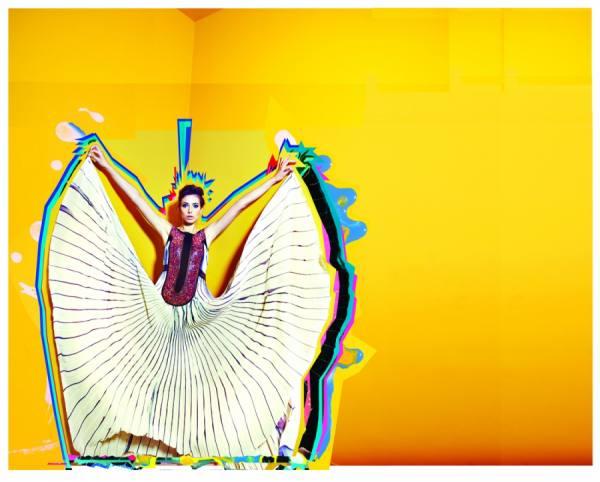 Photograph Lobo Velar Tramando Everything on One Eyeland
