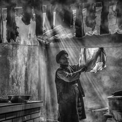drying-Goh Wee Seng-finalist-black_and_white-1335