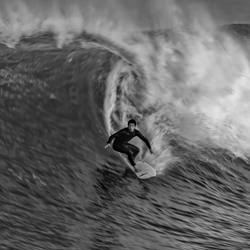 Kritische Entscheidung. Steve Turner-bronze-black_and_white-2518