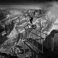 Extreme Trial-Martin Krystynek-bronze-black_and_white-2470