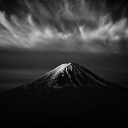Fluff cloud-Takashi-finalist-black_and_white-4449