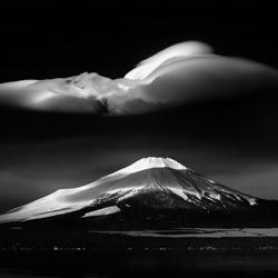 Cloud on the lake-Takashi-bronze-black_and_white-4321