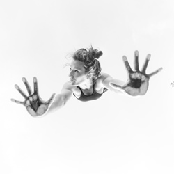 Handstand-Robert Houser-finalist-black_and_white-4354