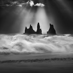 Angry ocean-Peter Svoboda-finalist-black_and_white-4357