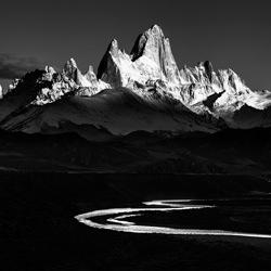 Patagonia spikes-Peter Svoboda-silver-black_and_white-4527