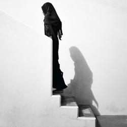 Adabu - modesty-Annelies Damen-finalist-black_and_white-4487