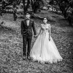 Liebe in der Zeit von Corona-Kenneth Lam-bronze-black_and_white-4325