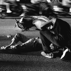 Crisis-Sio Wai Sou-bronze-black_and_white-6407