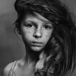 Girl with Freckles-Gabriela Homolova-finalist-black_and_white-6516