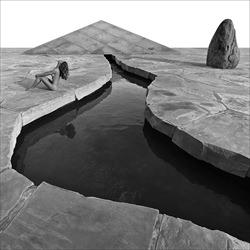 Noguchi Garden-Douglas Dubler-bronze-black_and_white-6415