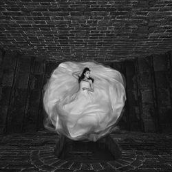 Bride-Eldon Lau-bronze-black_and_white-6355