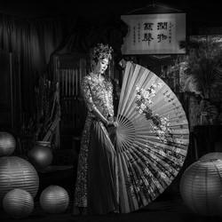 Chinese bride-Eldon Lau-bronze-black_and_white-6356