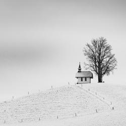 lonely chapel-Cedric Tamani-bronze-black_and_white-6429