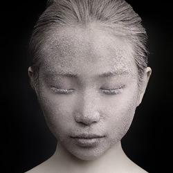 Statue-Eldon Lau-silver-fashion-4631