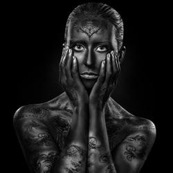 In dieser Haut-Ivan Duran-Bronze-fine_art-4074