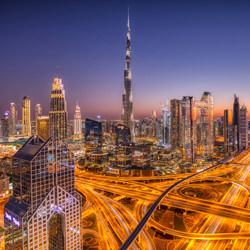Innenstadt von Dubai-Judith Kuhn-Silber-Landschaft-5444