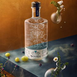 SOTHIS gin-Wesley Dombrecht-silver-still_life-5616