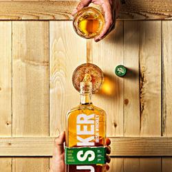 The Busker Whiskey hands-Andrea Sudati-bronze-still_life-5513